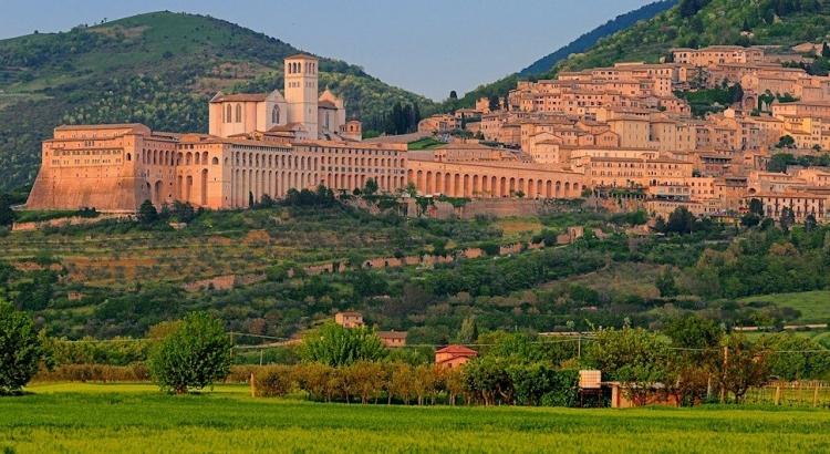 アッシジ、フランチェスコ聖堂と関連修道施設群の画像 p1_24