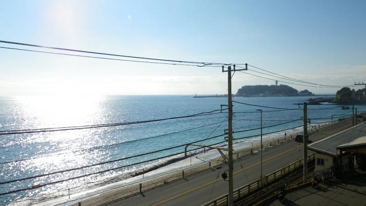 鎌倉】七里ヶ浜で海風が気持ちい...