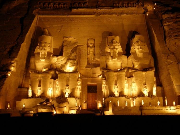 【エジプト】古代エジプト文明の遺跡!「アブ・シンベルからフィラエまでのヌビア遺跡群」
