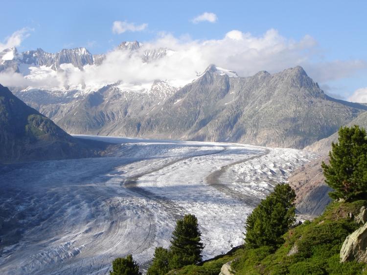【世界遺産】アレッチ氷河:スイスアルプス山脈の雄景、ヨーロッパ最長の氷河に感動!