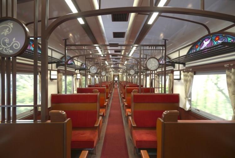 【東北】夏だけの特別体験! 観光列車&イベント列車5選