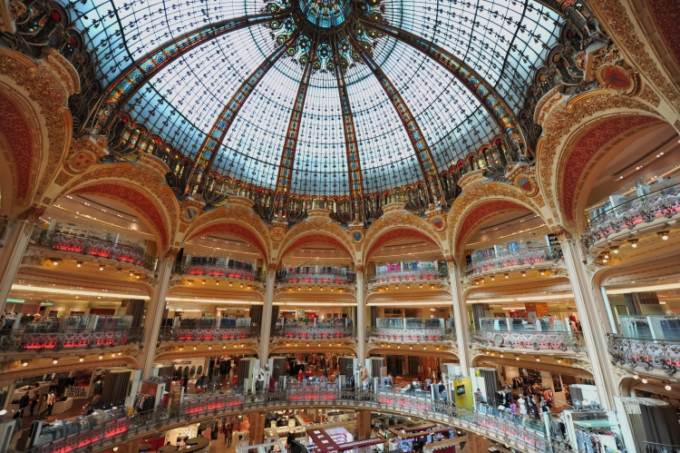 パリ】フランスで一番有名なデパ...