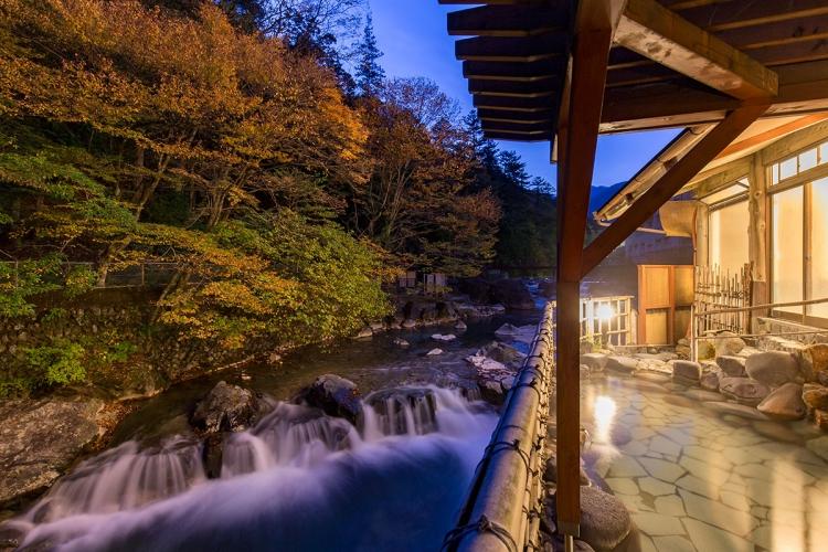 【福岡】都市部から近距離なのに自然が豊富! 紅葉露天を楽しめる宿5選